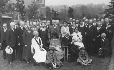 Spring 1921 meeting of AAVSO at Vassar. (Courtesy of the American Association of Variable Star Observers)