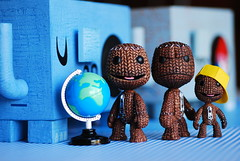 Little Big Planet (Grana Padano!) Tags: toys warrior rement bigcity amandavisell littlebigplanet sackboy whatdidieatephunt