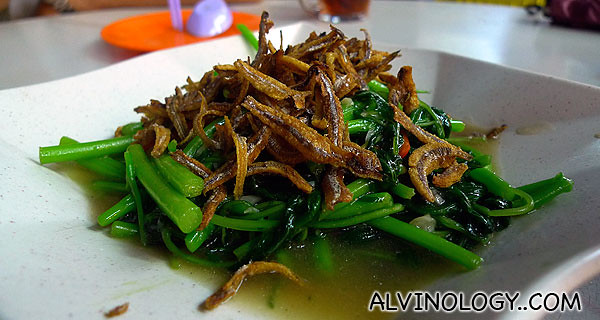 Vegetable with Ikan Billis (anchovies)