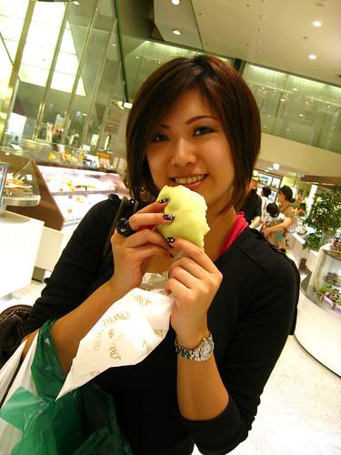 always eating girl