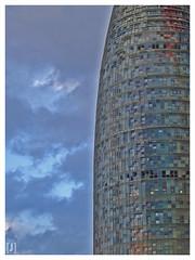 Las dos Togers (II): Agbar (yosoyjulito) Tags: barcelona torre catalunya torreagbar agbar barna