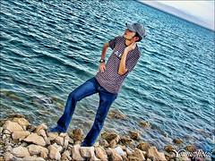 That's Me .., (Younis M.) Tags: lake me beautiful true wonderful amazing dam sony iraq cybershot mosul younis h50   dsch50