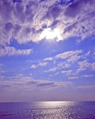 Sea and Sky in November (shinichiro*) Tags: november autumn sea sky 120 film beach japan shoe seaside kodak kamakura getty kanagawa crazyshin e6 sunbeam 67 2010 filmscan   makinaplaubel67 20101111makina1002 gettyimagesjapanq1