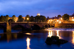 Old Bridge Chester (tamilian / photo-capture.co.uk) Tags: uk longexposure nightphotography bridge england canon river twilight cheshire britain chester nightview sathish riverdee coch tamilian oldbridge canon30d aplusphoto rnbwalesdee photocapturecouk