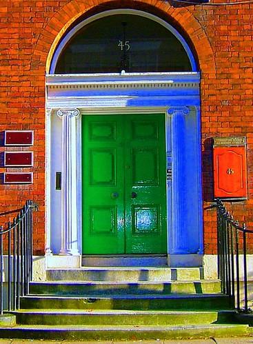 liverpool door in rodney street