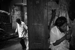 DSC_1070 (Tanja on flikr) Tags: 2005 bw india smoking rickshaw kolkata puller westbengal black38white