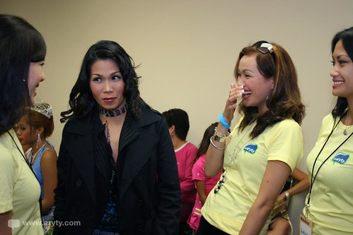 Pokwang and the Aryty Angels