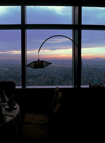 在窗邊的下午茶