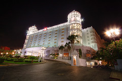 Hotel Riu Palace Las Americas - Cancun (DolliaSH) Tags: city longexposure trip travel light sea vacation urban holiday seascape color tourism beach gulfofmexico colors mxico architecture night strand canon mexico photography lights hotel noche photo twilight foto tour gulf place nightshot photos nacht yucatan visit location tourist yucatn le journey mexique destination cancun traveling visiting nuit 1022mm notte hdr touring stad 1022 mexiko messico noch fivestar canonefs1022mmf3545usm photomatix 50d meksiko nachtopname meksyk canoneos50d mexik detailsenhancer hotelriupalacelasamericas  riupalacelasamericas dollia dollias sheombar dolliash