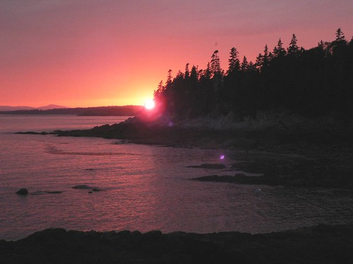 Sunset off Dunham's Point, 2007-08-15