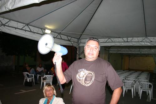 claudione e il megafono
