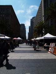 Embarcadero 廣場旁的藝術市集