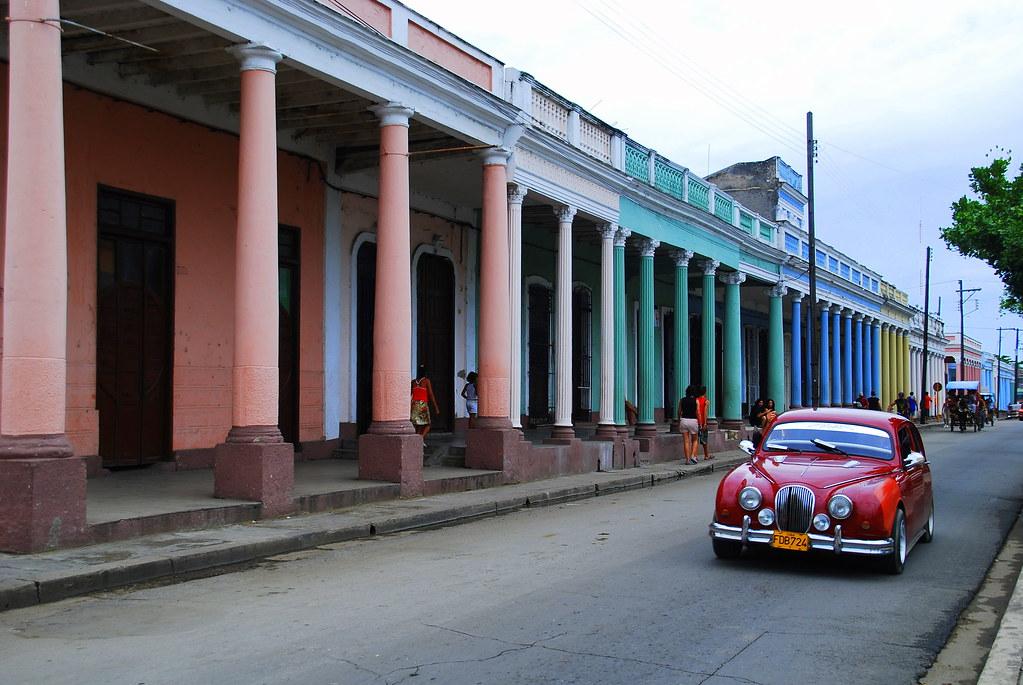 Cienfuegos - Cienfuegos, para R.E. Ames y esposa y para todos. 1443444882_ff2b532533_b