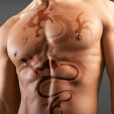 Design Dragon Tattoo on Mens Chest�