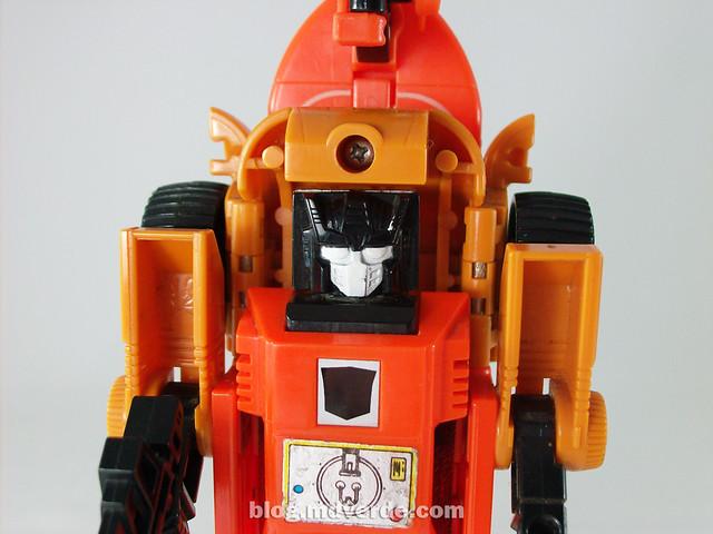 Transformers Sandstorm G1 - modo robot