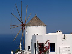 Oia Village, Windmill, Santorini (saxonfenken) Tags: motif windmill geotagged bravo santorini greece superhero thumbsup oia yourock bigmomma 542 gamewinner supershot ageansea challengeyou challengeyouwinner abigfave colorphotoaward ultimateshot travelerphotos a3b fiveflickrfavs friendlychallenges thechallengefactory fotocompetitionbronze herowinner pregamewinner