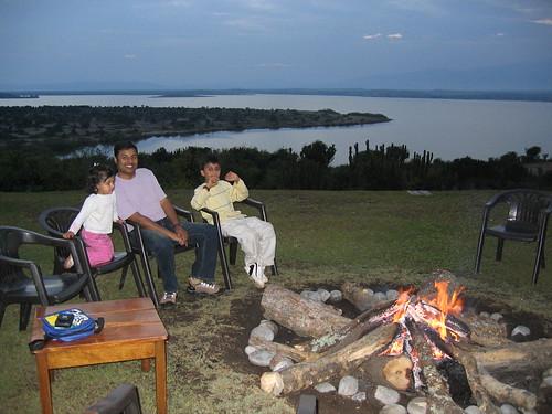 Uganda - QENP Mweya Campfire