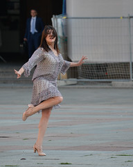 Building up to a big finish (Steve Barowik) Tags: italy woman holiday donna movement dancing dancer bologna piazza fullframe fx neptune emiliaromagna piazzamaggiore sanpetronio bolognese giambologna d600 galvani wonderfulworld piazzadelnettuno nikond600 lovelycity quantumentanglement flickrelite lagrassa unlimitedphotos barowik stevebarowik sbofls26 28300mmf35f56g