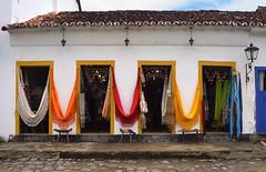 Hamacas (pablo_cg86) Tags: door colors architecture arquitectura puerta doors colonial colores hamaca puertas hamacas