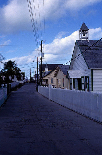 "Bahamas 1989 (411) Abaco: New Plymouth, Green Turtle Cay • <a style=""font-size:0.8em;"" href=""http://www.flickr.com/photos/69570948@N04/24797521785/"" target=""_blank"">View on Flickr</a>"