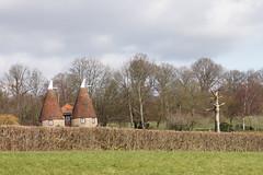 Near Ightham Mote (Neil Pulling) Tags: uk england kent nt nationaltrust sevenoaks ighthammote oasthouse