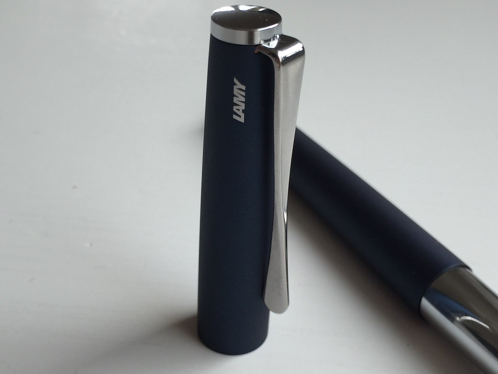 Video Review Lamy Studio Fountain Pen Imperial Blue Scrively Pulpen Safari 1706