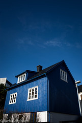 camouflaged house (Bjarki Dalsgar) Tags: blue windows sky cloud white house camouflage faroeislands trshavn froyar bjarkidalsgar bjarkigdalsgar bjarkigyldenkrnedalsgar