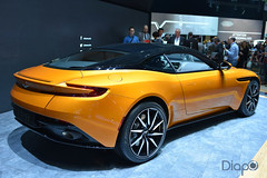 Aston Martin DB11 - Genève 2016 (15 sur 20).jpg