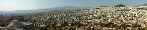 "Vistas de Atenas <a style=""margin-left:10px; font-size:0.8em;"" href=""http://www.flickr.com/photos/141744890@N04/26054777720/"" target=""_blank"">@flickr</a>"