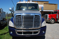2008 Freightliner Cascadia Semi Truck Inspection - Forrest City, AR 010 (TDTSTL) Tags: truck inspection semi 2008 semitruck cascadia freightliner forrestcityar