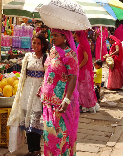 India shopping women