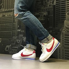 Nike Classic Cortez Premium Leather OG... (konsortium.avignon) Tags: classic nike og sneaker cortez premium cuir konsortium uploaded:by=flickstagram instagram:photo=1170228031313324287329377217