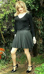 Must Keep Skirt (Amber :-)) Tags: skirt charcoal short sunray pleated