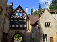 Cragside House, Northumberland (Tony Worrall Foto) Tags: world county uk england house building parish architecture buildings outside stream tour open power place country north victorian first visit location east northumberland civil area lit ornate build northern update quaint northeast attraction countryhouse hydroelectric rothbury cragside englandt cartington welovethenorth