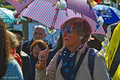 (Zak355) Tags: people umbrella scotland town band jazz scottish parade jazzfestival bute rothesay 2016 isleofbute