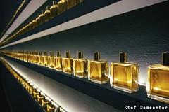 Perfume (stef demeester) Tags: gold perfume infinity gemeentemuseumdenhaag stefdemeester