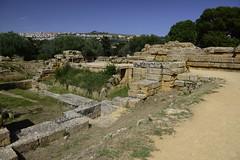 2016-04-17_15-08-15-Nikon D800 (Bernhard Kvaal) Tags: italy valley temples sicily sicilia agrigento
