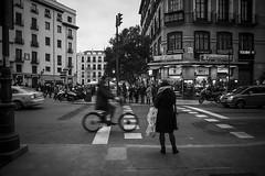 DSC06642 (javier_plazamar) Tags: madrid street streetphotography a850 minoltaaf24mmf28 sonyalpha850