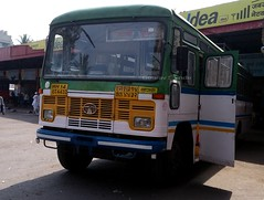Here is our own Sangli depot Pushback bus at Sangli (gouravshinde94) Tags: bus tata pune pushback sangli hirkani msrtc
