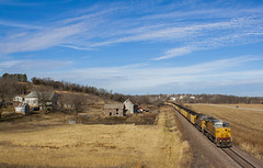 Eastbound UP Coal Train - Onaga, KS (nwkrailfan) Tags: city railroad kyle pacific union missouri kansas searchlight mopac gp382 sd70m c449w ac4400cw sd9043mac sd45t2 llpx