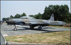 Airshow Kleine-Brogel 1986 (02) (Hans Kerensky) Tags: silver star jet airshow 1986 trainer canadair kleine brogel ct133