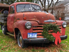 Chevrolet withe festive touches (four_wheel_nomad) Tags: classic chevrolet up truck rustic pick