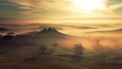 The Surreal Val d'Orcia.Tuscany. CF011619 (Fabrizio Massetti) Tags: red sun fog sunrise tuscany belvedere pienza valdorcia sanquirico