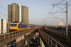 Amsterdam Sloterdijk 28-12-2015 (NS162) Tags: holland netherlands station amsterdam electric train track perron transport platform nederland eisenbahn railway bahnhof transportation rails locomotive passenger railways trein spoor intercity noordholland spoorwegen sporen traxx benelux spoorweg passengertrain icr rijtuig elok internationaal spoorlijn reizigers rijtuigen reizigerstrein icdirect