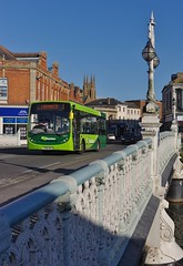 Evening Enviro Over Taunton Bridge (Better Living Through Chemistry37) Tags: 1 bridges first vehicles vehicle publictransport bos dart enviro psv taunton thebridge firstgroup alexanderdennis 44923 enviro200 firstdevoncornwall dart4 yx09adz busesofsomerset