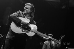 Tex Perkins plays Johnny Cash (PETEDOV) Tags: canon live country livemusic blues johnnycash concertphotography tarongazoo musicphotography texperkins peterdovgan petedov twilighttaronga canonaust