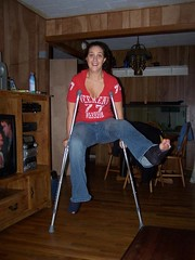 l_19704b18399d69b5051952c5d302261 (cb_777a) Tags: usa broken foot toes leg cast crutches ankle
