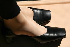 20100411_16_56_14_00348.jpg (pantyhosestrumpfhose) Tags: feet stockings shoes legs pantyhose schuhe nylons strumpfhose collants pantyhoselegs sheerlegs nylonlegs