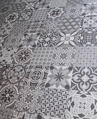 Mosaikfliesen (G_u_e_d_e) Tags: barcelona spain bcn fliese brgersteig fussboden zementplatte mosaikplatte