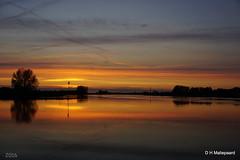 Zonsondergang  Neder-Rijn: Rhenen (ditmaliepaard) Tags: sunset zonsondergang sony rhenen a6000 nederrijnn
